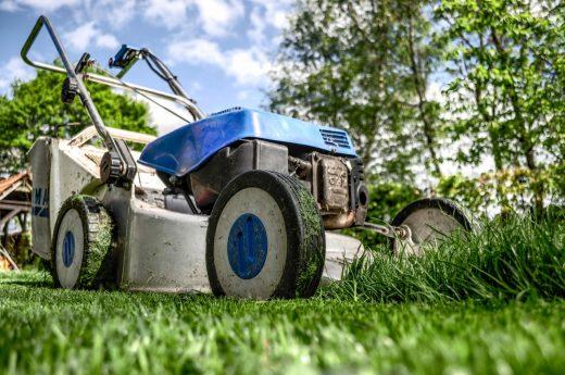 Sekačka na trávu